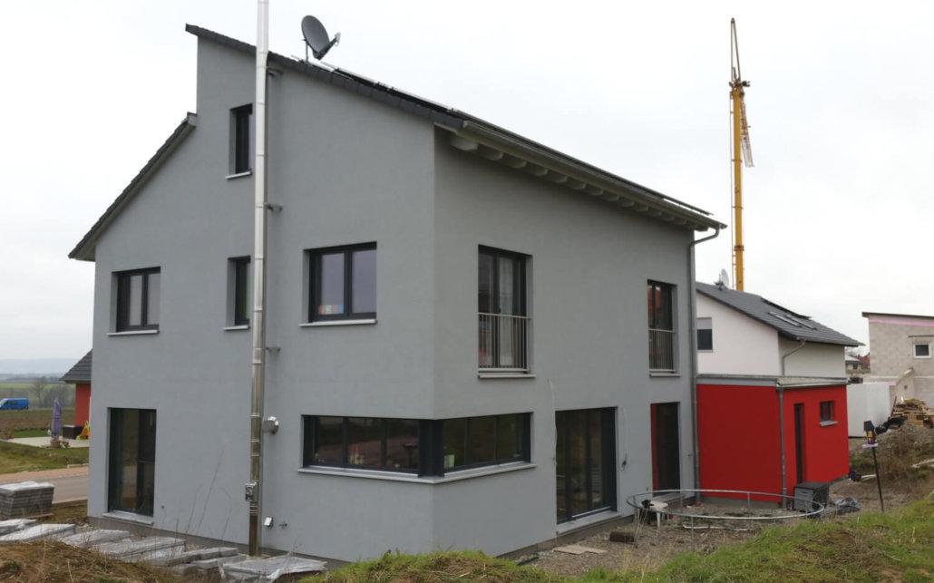 einfamilienhaus mit doppelgarage in uffenheim eg. Black Bedroom Furniture Sets. Home Design Ideas