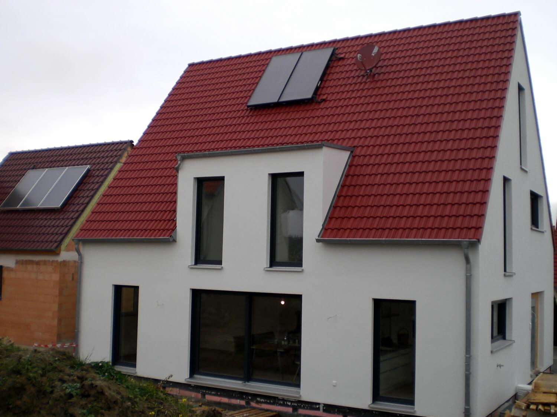 einfamilienhaus mit carport und garage in dinkelsb hl eg. Black Bedroom Furniture Sets. Home Design Ideas