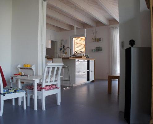 Einfamilienhaus als Doppelhaushälfte mit Garage und Carport in Roßtal