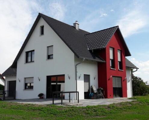 Einfamilienhaus mit Garage in Mausdorf (nur Hülle aufgestellt)