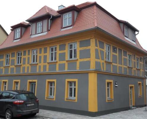 Erweiterungsbaus zum 4 Familienhaus mit Sanierung eines denkmalgeschützen Wohnhauses in Bad Windsheim