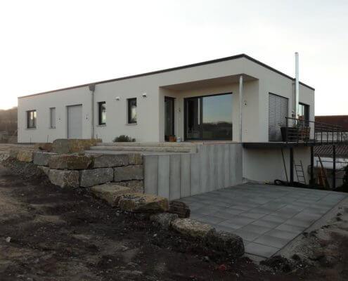 Zwei Betriebswohnungen und Anbau des Weinbaubetriebes in Mailheim