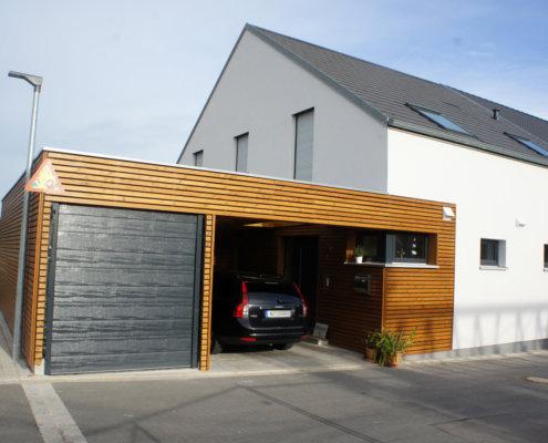 Doppelgarage satteldach modern  Holzhaus aus Franken: individuell & wertstabil - Infos anfordern