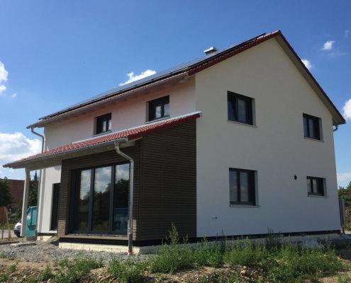 Einfamilienhaus mit Carport in Bad Windsheim