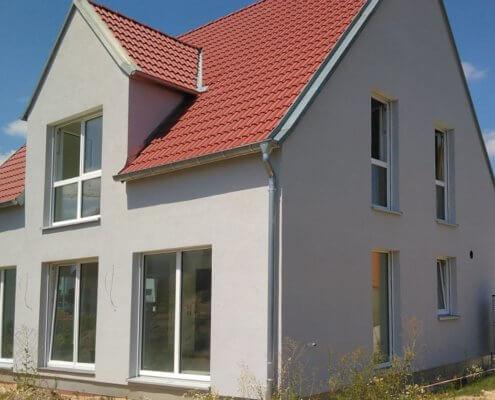 Einfamilienhaus mit Garage in Seukendorf