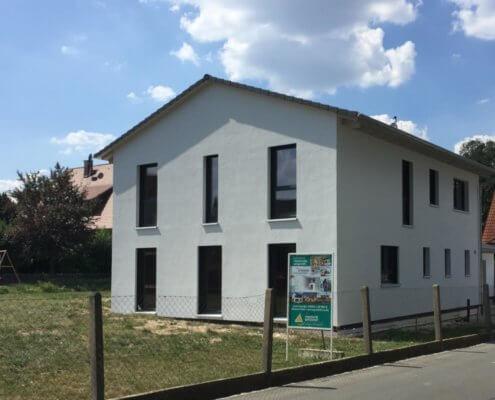 Einfamilienhaus mit Garage und Carport in Wachendorf