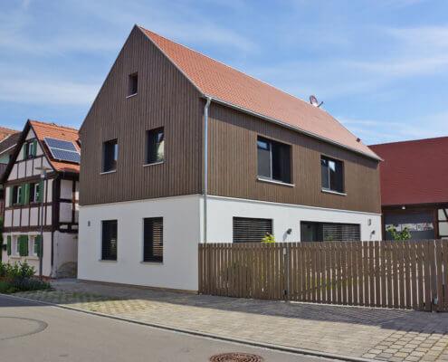 Einfamilienhaus mit Carport in Lenkersheim