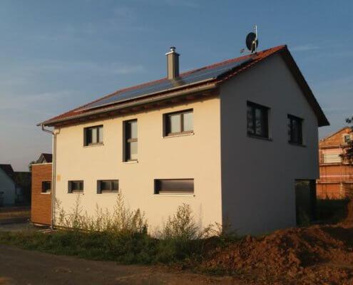 Einfamilienhaus mit Carport in Estenfeld-Mühlhausen