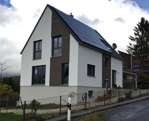 Einfamilienhaus mit Keller und Carport in Hersbruck