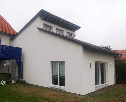 Anbau und Umbau eines 3-Familienhauses zum 2-Familienhaus in Gallmersgarten