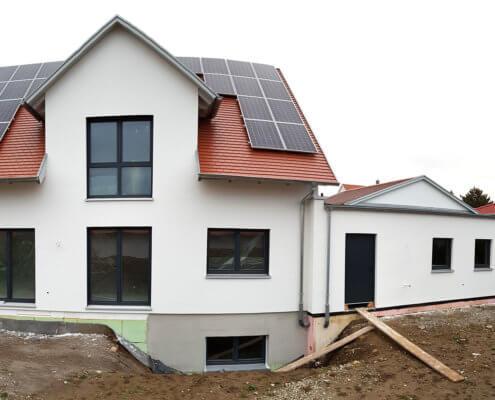 Einfamilienhaus mit Keller und Doppelgarage in Rothenburg o.d. Tauber