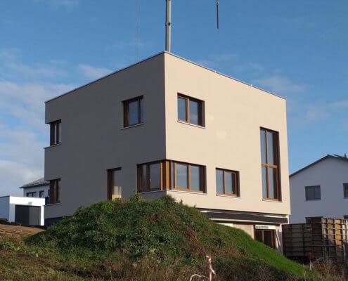 Einfamilienhaus mit Keller und Garage in Emskirchen