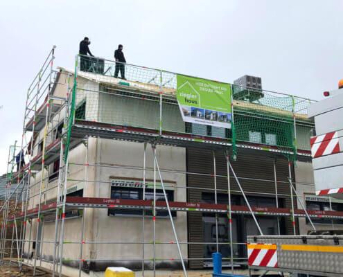 Einfamilienhaus mit Einliegerwohnung und Garage in Störnstein