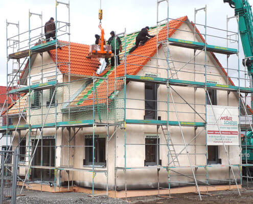 Einfamilienhaus mit Garage und Carport in Burgbernheim