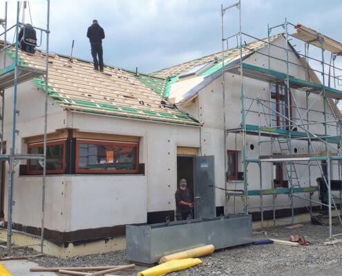 Einfamilienhaus mit Einliegerwohnung und Carport in Gerolzhofen