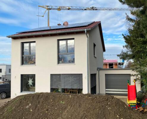 Einfamilienhaus als Doppelhaushälfte mit Garage in Mering