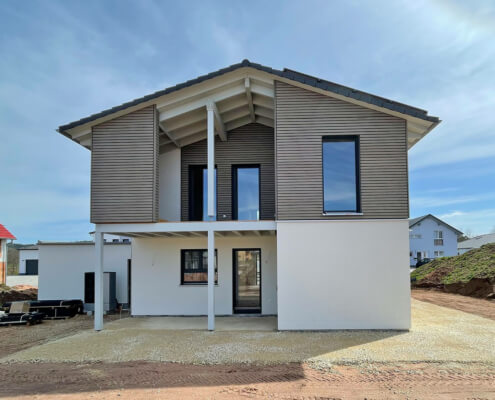 Einfamilienhaus mit Garage in Haundorf