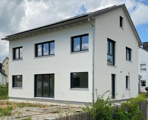 Einfamilienhaus mit Carport in Lauf